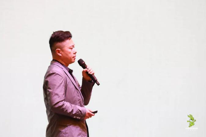 兔宝宝家居设计展示中心总监陈久林先生